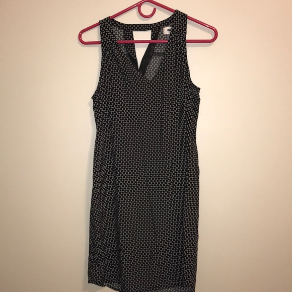 Old Navy Dresses & Skirts - Sleeveless Black Dress with White Flowers + Dots